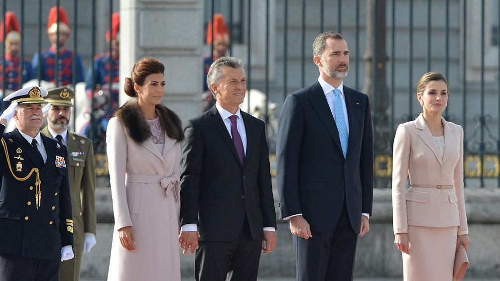 El presidente Macri y la Primera Dama reciben a los reyes de España