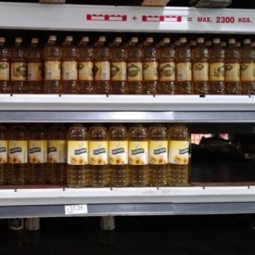 El Gobierno acordó para agosto un tope de aumento del 6% para el aceite de girasol