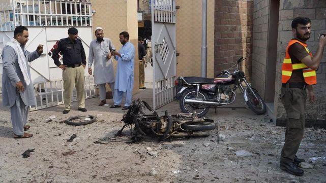 10 muertos y 29 heridos en dos ataques terroristas en Pakistán